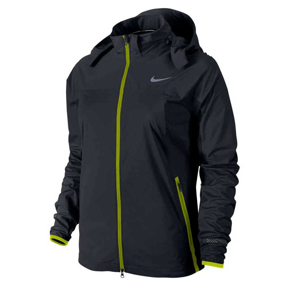 d12d594de2c3 Nike Shield Light Jacket buy and offers on Traininn
