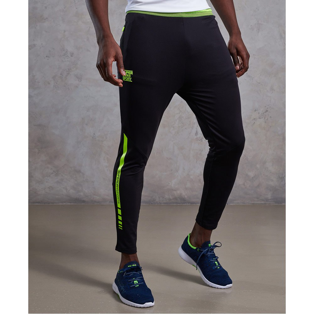 c78294b3e5 Superdry Training Cropped Black buy and offers on Traininn