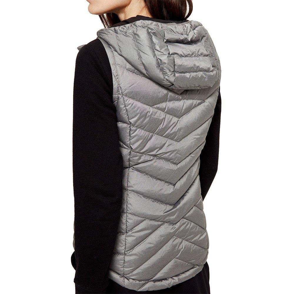 rose-vest